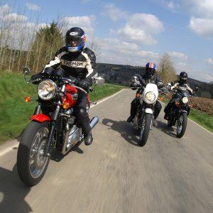 Motorräder in Bewegung